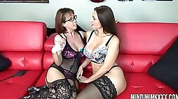 Just more than amazing lesbian Mindi Mink desires to work on friends pussy