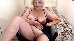 Hungarian granny fuckslut - webcam