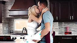 Babysitter Arya Fae seduces married boss
