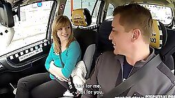 Amazing flexible Czech teen screwed in Prague taxi cab