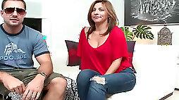 Lisa the Colombian Milf