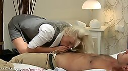 Mommy hd blondie busty cougar has multiple ejaculations