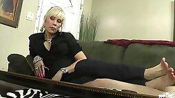 Nikkis footjob on the sofa