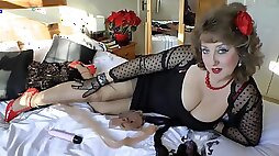 Naughty Married lady seduce the young guys