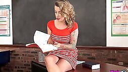 Amazing sexy leggy tutor Charlie Z teases her wet pussy on the table