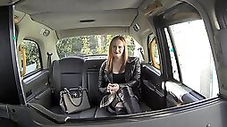 BBW Chloe Davis fucks cabbie in the back til he blows all over her big tits
