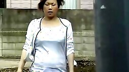 Chunky petite Japanese hoe gets her pubes stolen during sharking scene