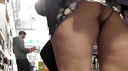 Chubby shopaholic has no panties