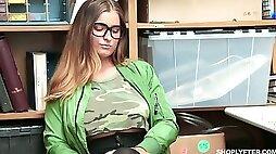 Suspected tattooed chick Dakota Rain gets nailed by aroused detective